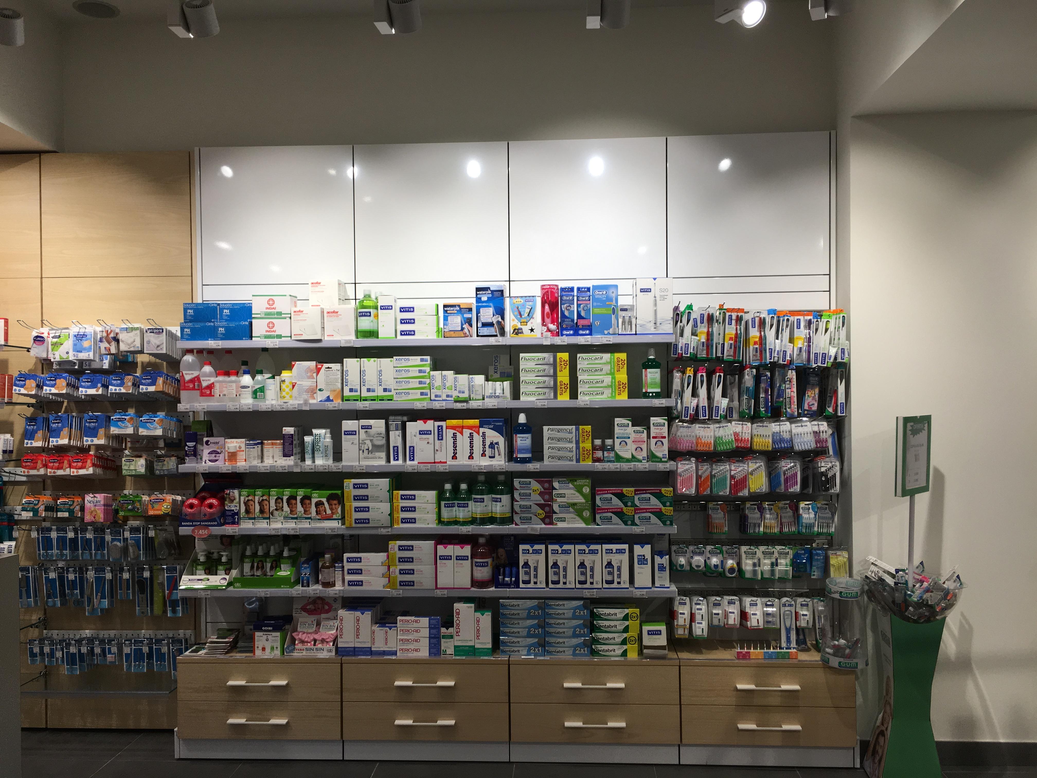 reforma farmacia campo volantin bilbao